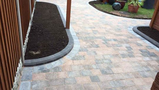 clients block paving